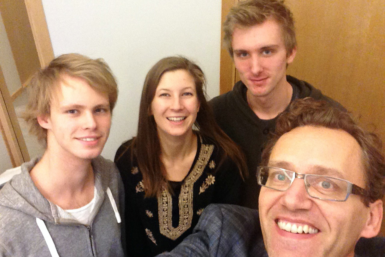 From left to right: Joel, Patricia and Oskar with Samuel.