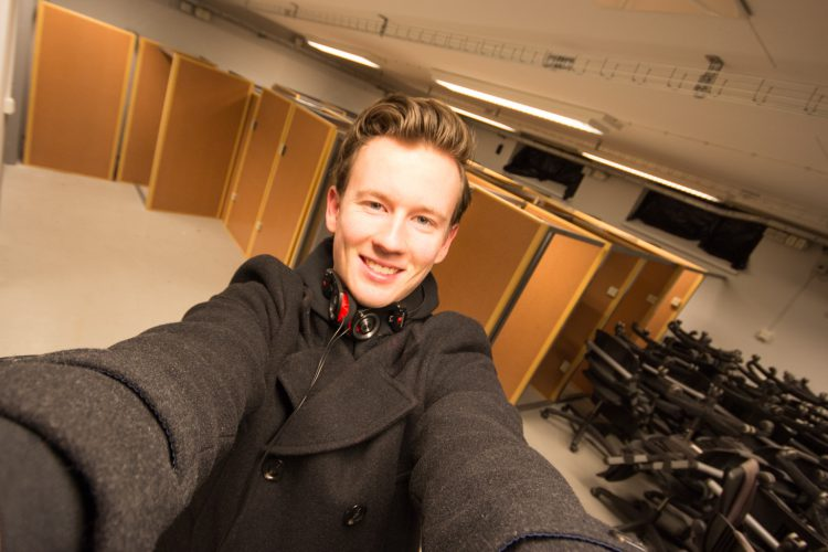 Daniel visiting the 2017 CESA room at Chalmers.